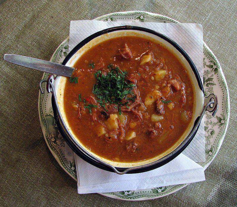 FOODS-goulash