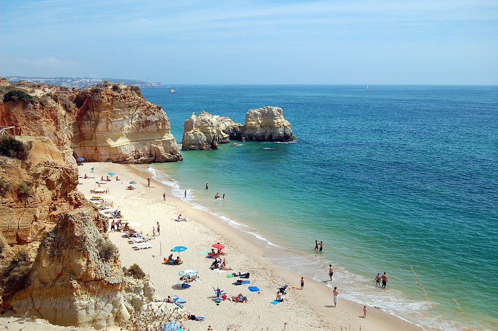 beautiful-beaches-europe-praia-da-rocha