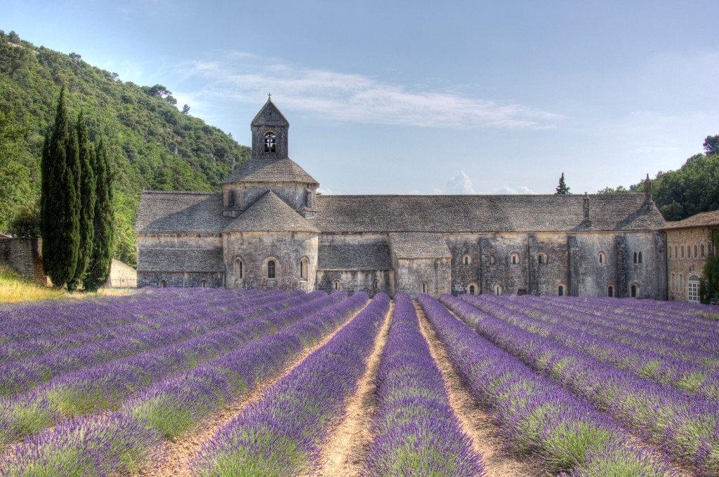 senanque-abbey-provence-france