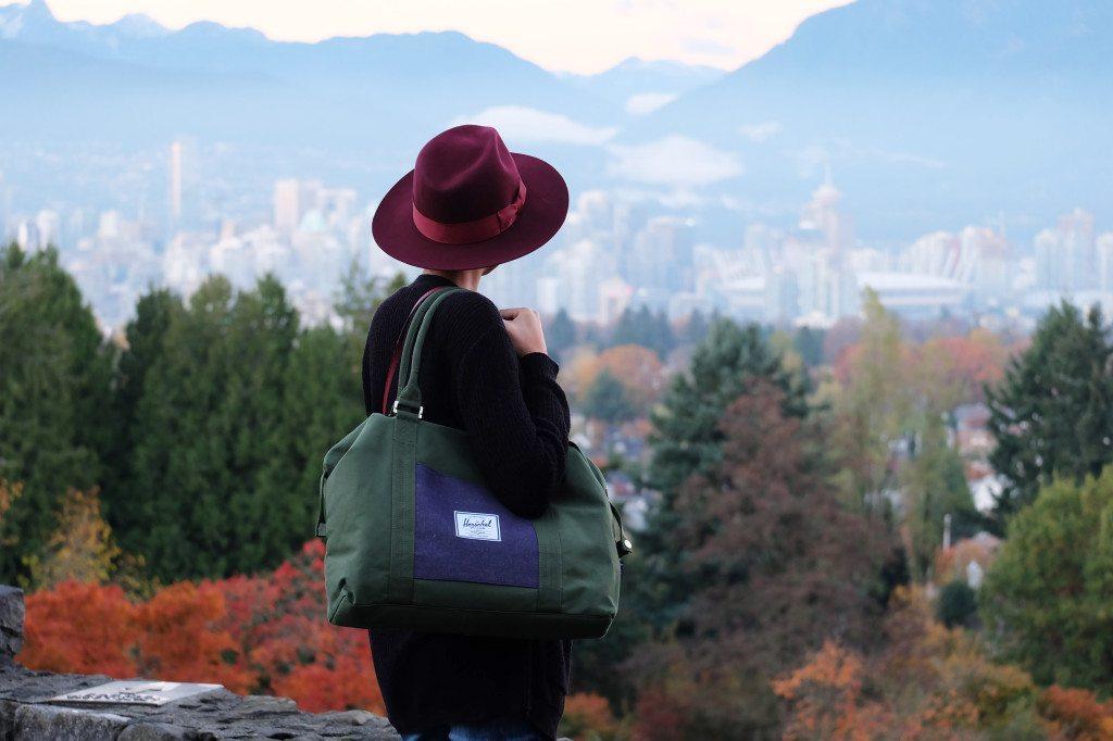 Joanna + Bag view
