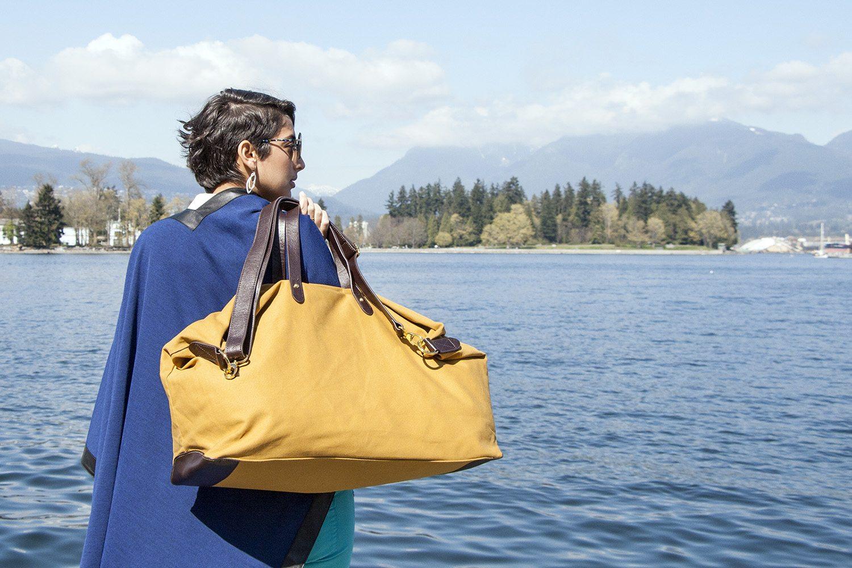 Cuyana S Weekender Bag Is The Perfect Travel Duffle Hayo