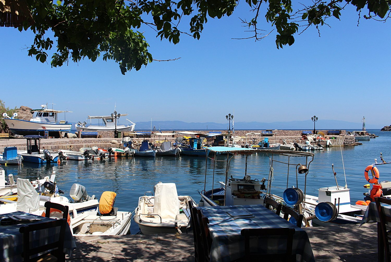 lesvos harbour