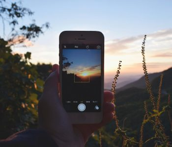 8 Amazing Apps To Help You Travel Better & More Often
