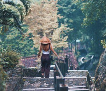 Mindy the Lion's Megan Scraper Talks Immersive Travel & Entrepreneurship